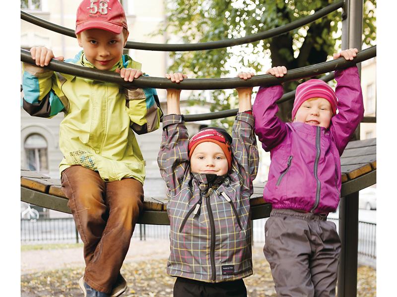なぜフィンランドは教育先進国なのか? 自発的な学習意欲を育てる「遊びから学ぶ」教育システム