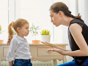 """「○○しちゃダメ」は子供の主体的を欠く? 発達心理学者・内田伸子先生が薦める""""共有型しつけ""""とは"""