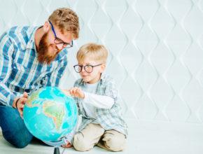 おうちから世界を旅しよう。勉強道具の域をこえた「最先端地球儀」3選