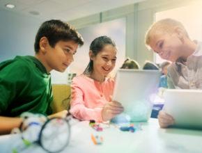 プログラミング教室が1万校を超える? 「ウィズコロナ」で変わる教室の選び方