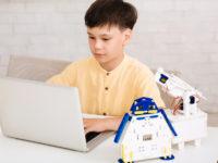 理数IT能力や思考力が育つ!? 自宅でオンライン受講できるSTEMスクールがオープン!