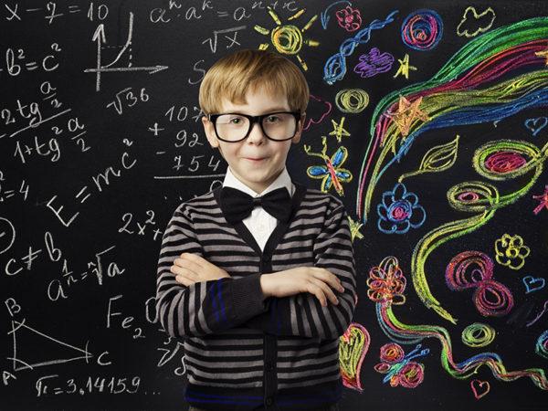 早期数学教育に必要な7つのチカラとは? 子供の数学的センスを磨く「AI積み木」が話題