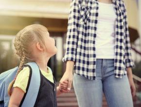子供の送迎は「妻」が約半数!? 共働きファミリーへの習い事調査で分かった障壁とは