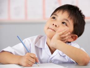 【子育てコラム】「お受験は本当に必要?」自己肯定感を育てる教育