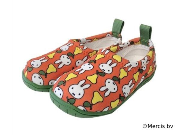 入園祝いにおすすめ! 姿勢良く歩ける子供靴「スキッポン」にmiffyシリーズ新登場