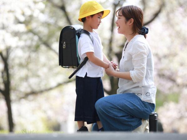 """子供が小学校に適応できなかったら? 不安を解決する""""視点の変え方""""と親子の対話とは"""