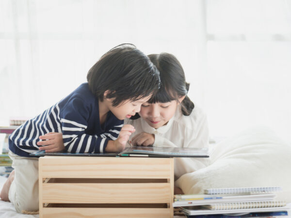 「オンライン読書教育」で7割が本嫌い克服!? 子供の活字離れが不安なパパママ必見