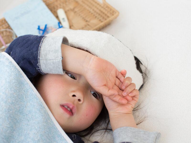 【パパママ必読】かぜに抗生物質はNG! 正しい薬のもらい方と「薬剤耐性菌」リスク